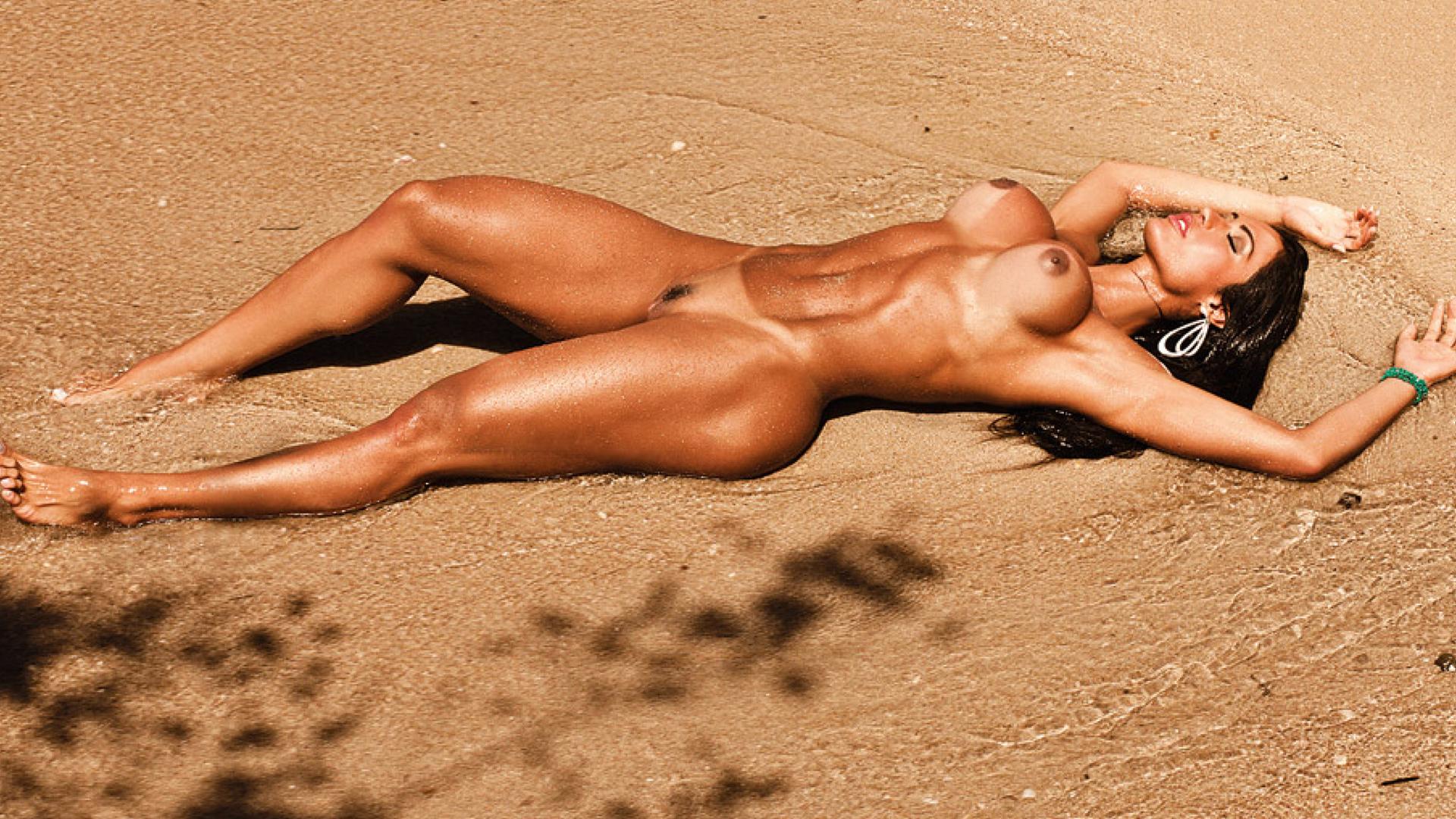 Фото голой мускулистой девушки, Голые культуристки - сексуальные голые девушки качки 3 фотография